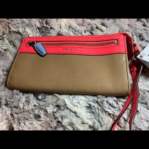 NWT Coach Leather Tan/Coral Wallet Wristlet